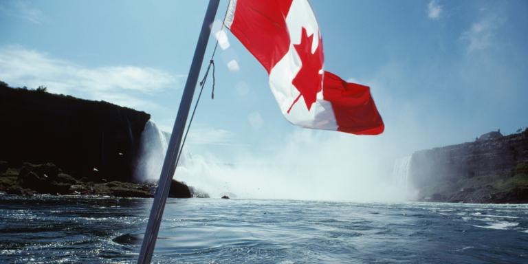 永久居留确认书 (COPR) 的持有人可以前往加拿大